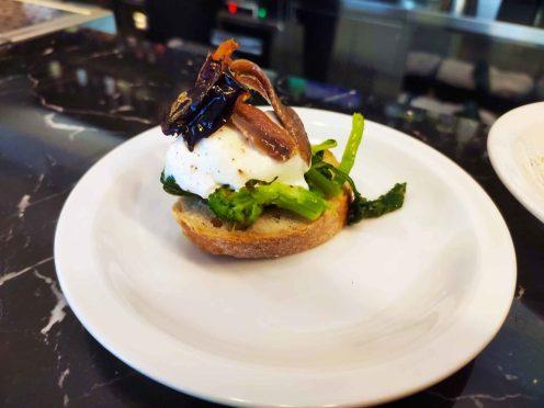 Toma-ristorante-Roma-broccoletti-burrata-alici-1280x960
