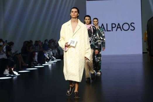 ROME, ITALY - JULY 08: Models walk the runway at the Dalpaos Fashion Show during the Altaroma 2021 at Cinecitta Studios on July 08, 2021 in Rome, Italy. (Photo by Elisabetta Villa/Getty Images)