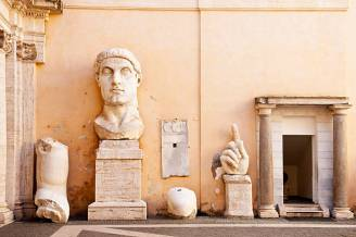Fragments of the colossal statue of Constantine.