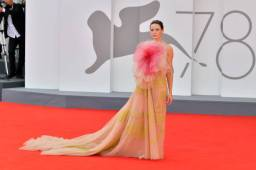 """VENICE, ITALY - SEPTEMBER 03: Rebecca Ferguson attends the red carpet of the movie """"Dune"""" during the 78th Venice International Film Festival on September 03, 2021 in Venice, Italy. (Photo by Dominique Charriau/WireImage)"""