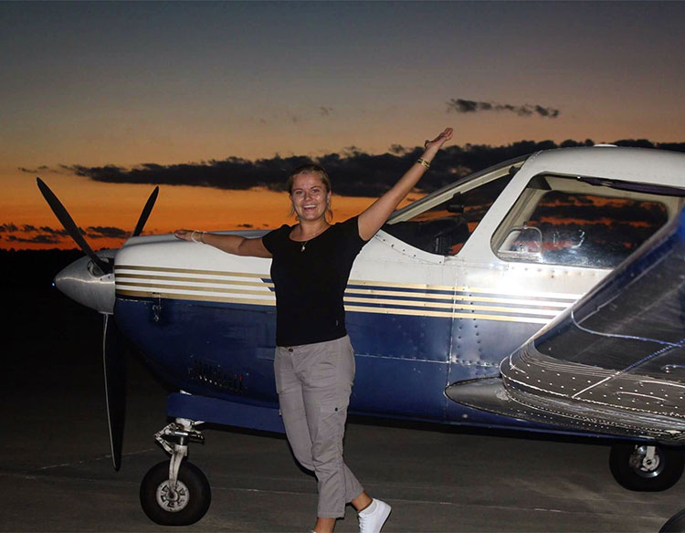 Frida the pilot