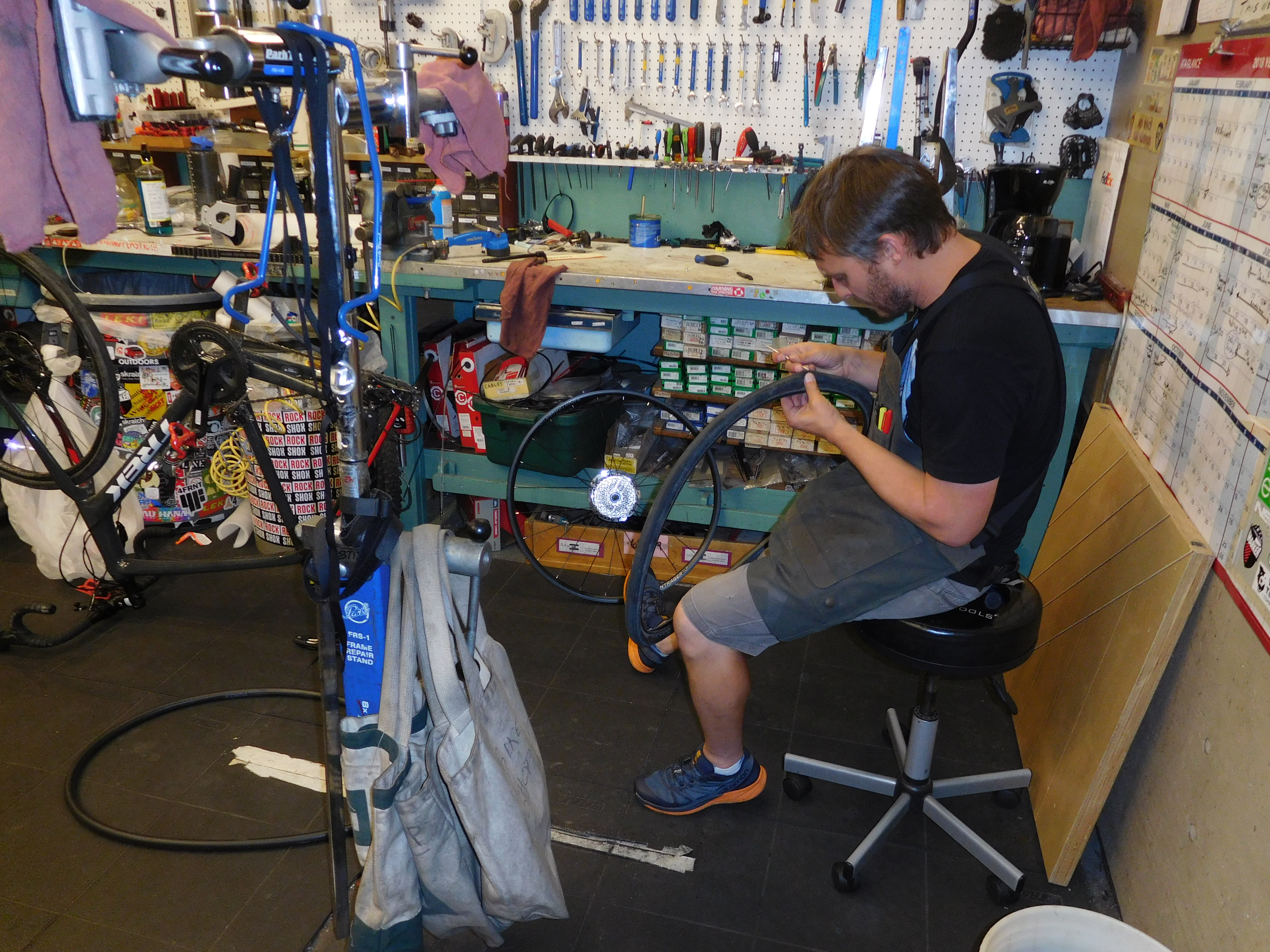 the bike chair dresser with mirror and randy fixing jay zagorsky
