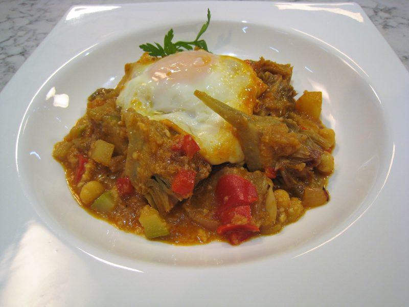 Cazuela de verduras con huevo