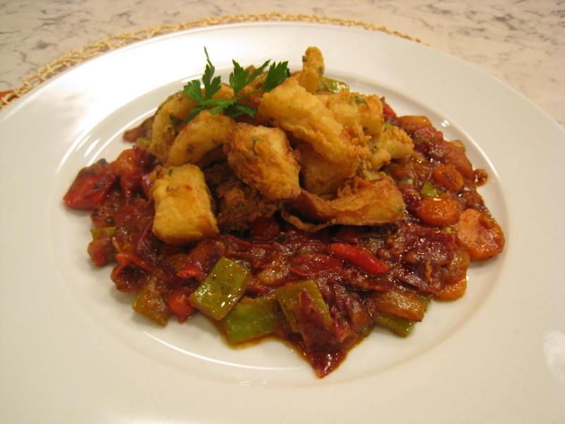 Jibia frita con verduras