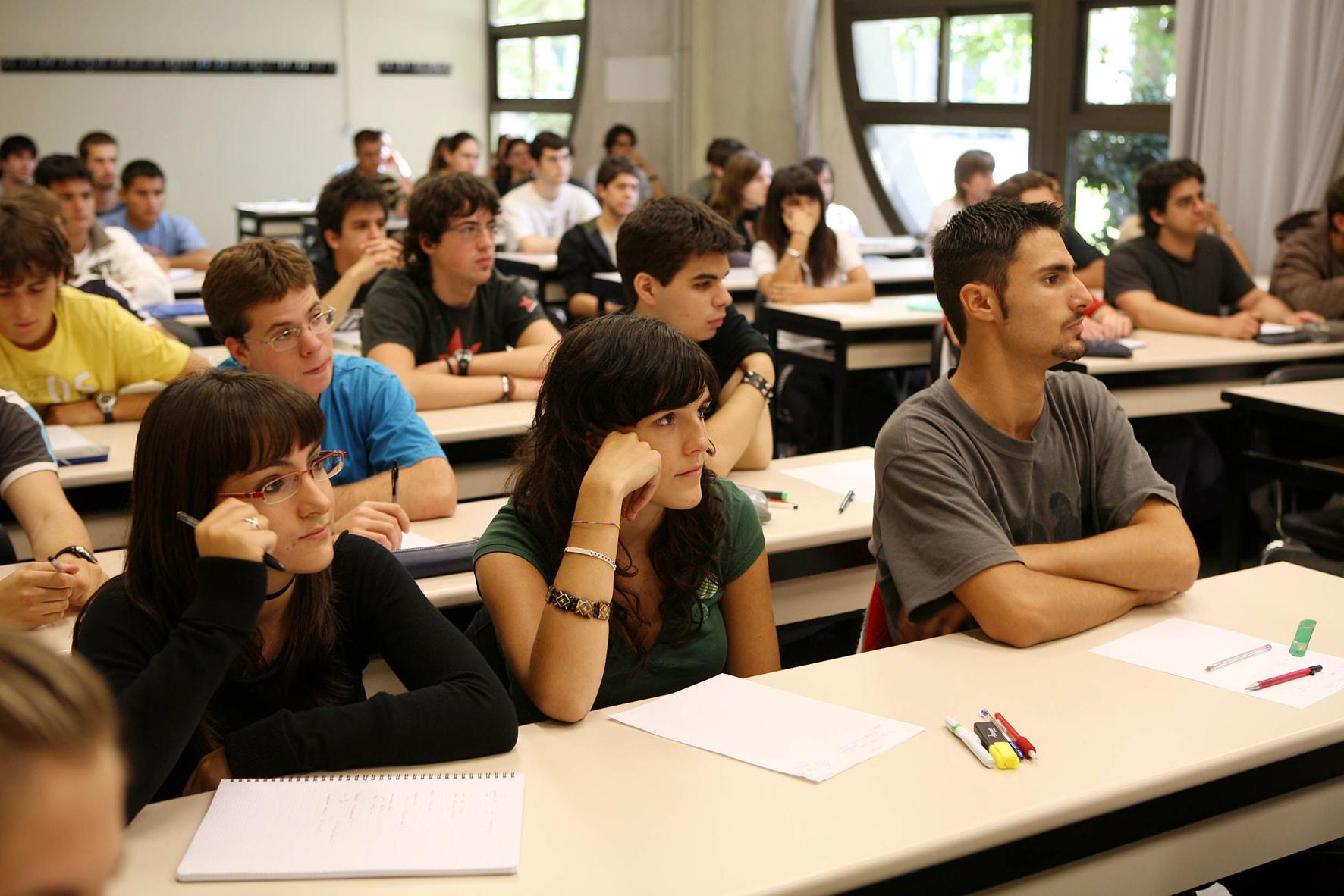 Clases Salon La En El De Estudiante