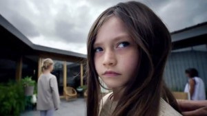 childhoods-end-els-bastards-syfy-critica-serie