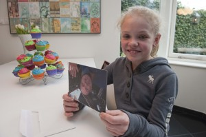 Emma with her card from the ISS