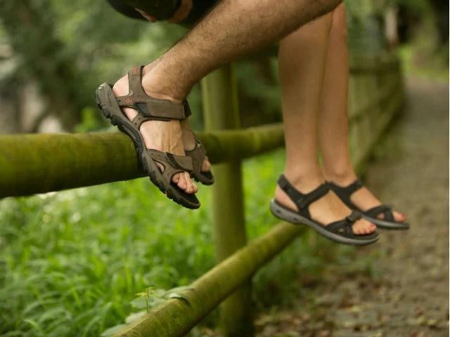 Cómo prevenir la aparición de uñas negras en los pies - Blog Montaña