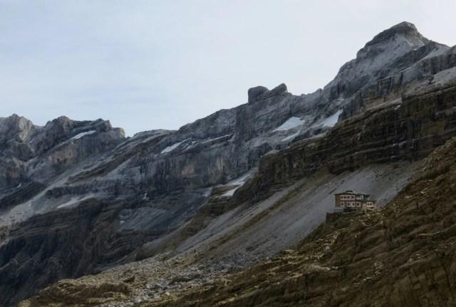 mejores refugios pirineos picos europa