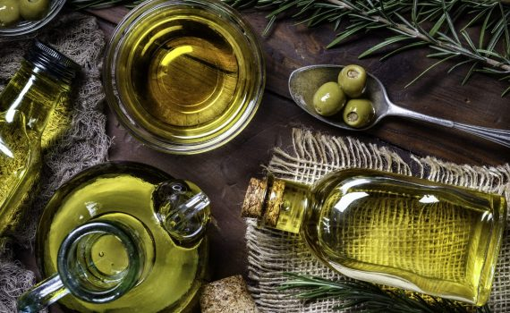 Consumare olio d'oliva una volta a settimana può ridurre la coagulazione del sangue in persone obese