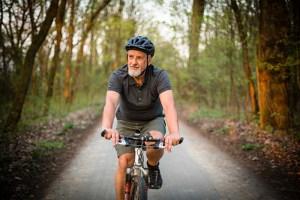 Atividade física melhora conexão neuronal entre maiores de 50 anos