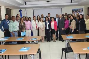 FUNIBER realiza conferencia sobre clima na República Dominicana