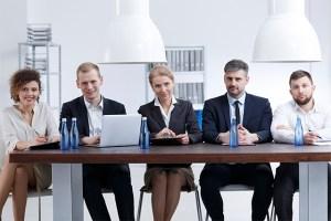 As empresas familiares devem incorporar funcionários não familiares