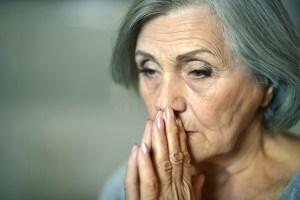 Tese: Associação entre subnutrição e depressão entre mulheres idosas