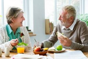 Nutrição adequada ajuda a manter a memória no início do Alzheimer