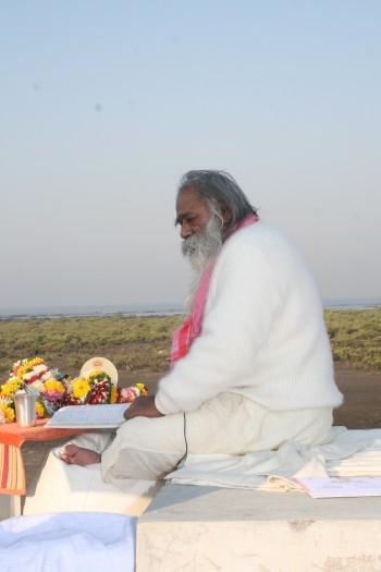 """""""Charan Sparsh Revered Gurudev"""""""