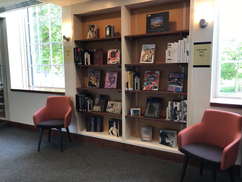 In uno spazio completamente nuovo su 4 livelli per. New Titles Fine Arts Library Collections