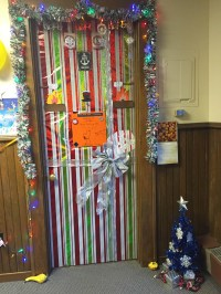 Decorate Door Christmas Wrapping Paper | www.indiepedia.org