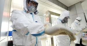 Mengenal Alat Pelindung Diri (Hazmat Suit) untuk Petugas Kesehatan di Rumah Sakit