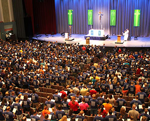 Participants in the 2013 Higher Things conference at Purdue University, West Lafayette, Ind., take part in one of several daily worship services. Worship was integral to this summer's conferences, which also were held in Tacoma, Wash., and Scranton, Pa. (Higher Things/Ann Osburn)