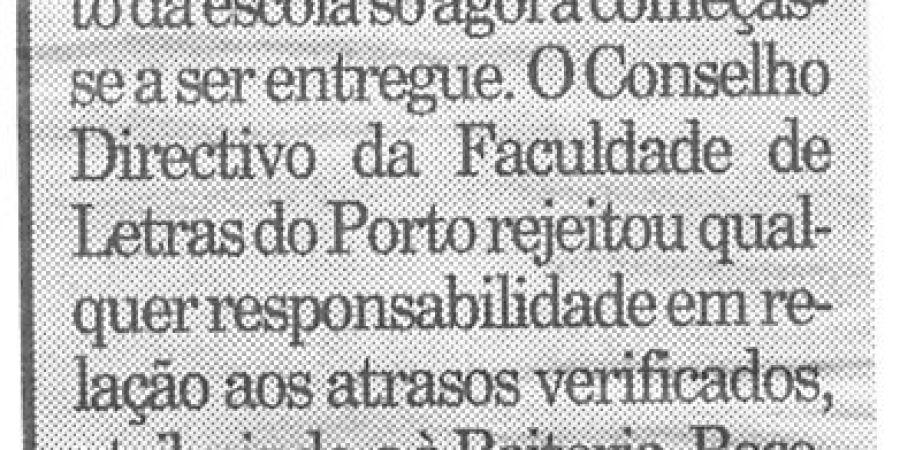 """(395) """"Letras abre com atraso"""" - 1995 10 17 Publico ...-90r"""