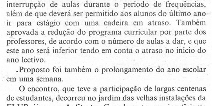"""(394) """"Alunos de Letras decidiram ontem sistema de avaliação"""" - 1995-10-19-CPorto-...-210r"""