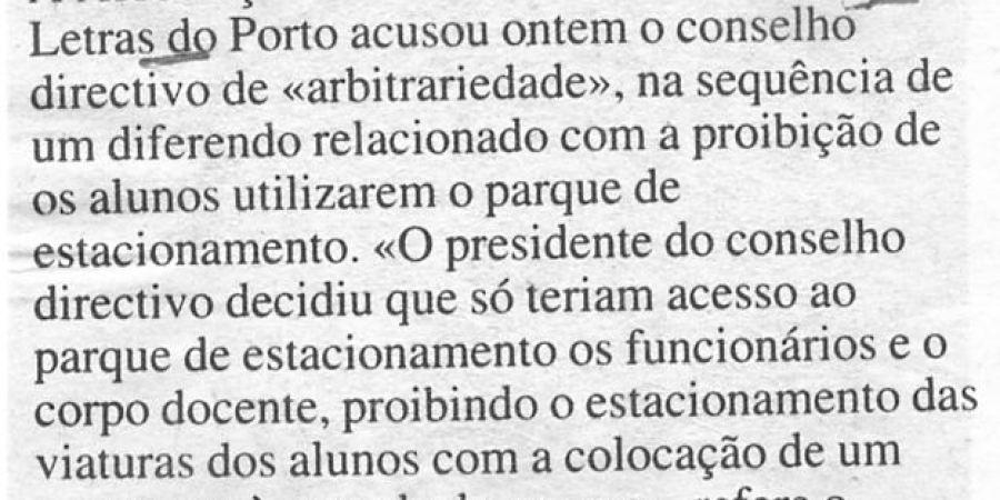 """(336) """"Alunos sem direito a parque"""" - 1996 04 23 DNoticias ...-30r"""
