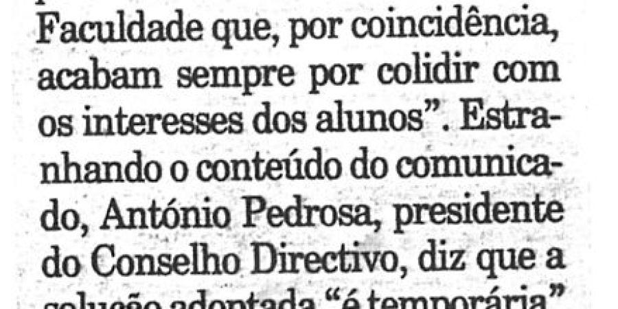 """(335) """"Estacionamento polémico no Porto"""" - 1996 04 24 Publico ...-50r"""