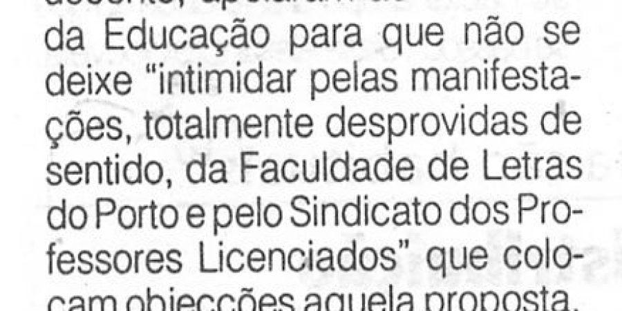 """(288) """"Escola de Educação do Algarve critica Letras do Porto"""" - 1996 10 22 1ºJaneiro ...-70r"""