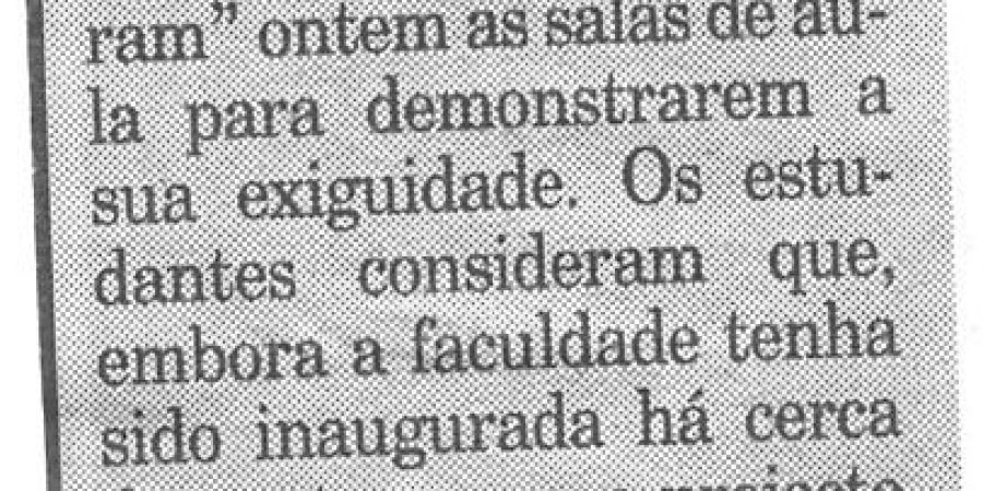 "(176) ""Letras do Porto continua luta"" - 1998 11 27 Publico ...-30r"