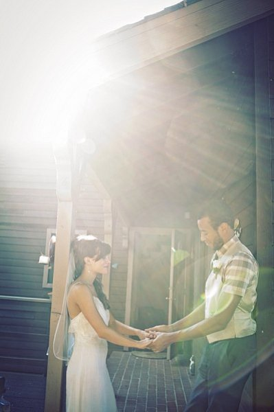 Mariage-photo-couple-flare.jpg