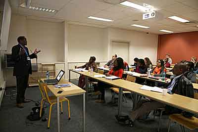 Professor Thandika Mkandawire teaching The State, Democracy, and Development in Africa course at the LSE-UCT July School