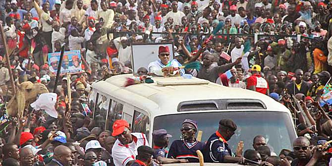 APC's Presidential candidate, Muhammadu Buhari (centre) during a rally in Kano state on Jan 20, 2015. Credit: AP