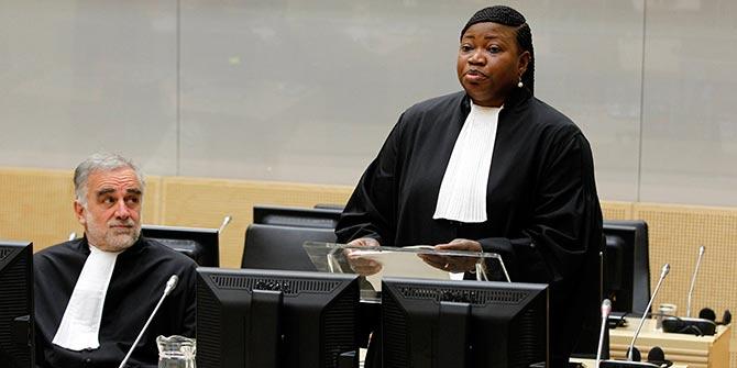 ICC  prosecutor Fatou Bensouda with her predecessor Luis Moreno Ocampo © ICC-CPI/AP/Bas Czerwinski