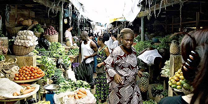 Lekki market in Lagos, Nigeria Photo Credit: Shawn Leishman via Flickr (http://bit.ly/1Q531vJ) CC BY-SA 2.0