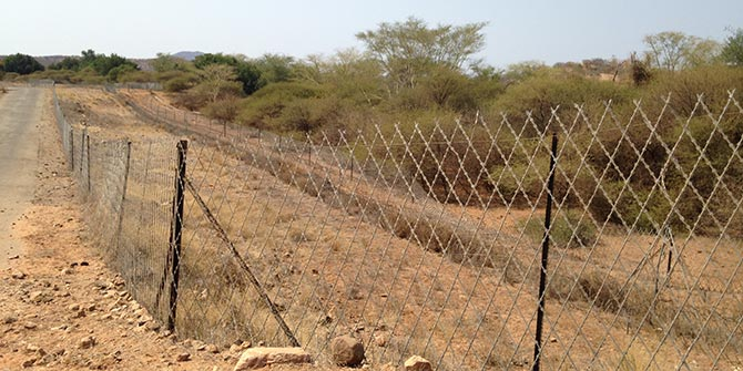 Barrier fence on the South Africa border along the Limpopo River near Musina Photo Credit: Jo Vearey