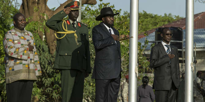 Dr Riek Machar and President Salva Kiir stand up for the national anthem after the former took his oath as the 1st Vice President of South Sudan in April 2016 Photo Credit: UNMISS via Flickr (http://bit.ly/2avETlS) CC BY-NC-ND 2.0