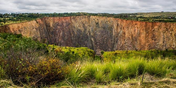 Premier Diamond Mine in South Africa  Photo Credit: Vaiz Ha via Flickr (http://bit.ly/2h6Z8KG)