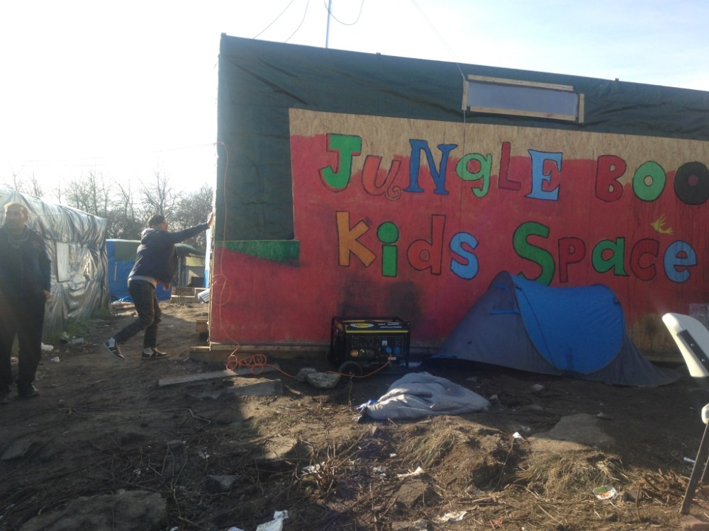 Jungle Books is the Camps's library along with a kids area. Volunteers work hand in hand with refugees to alleviate the deteriorating living conditions of the camp.