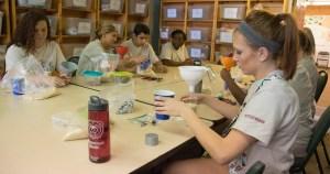 Students volunteering