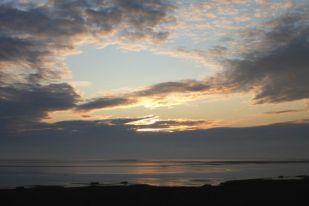 Wolkenimpression bei Sonnenaufgang (Foto: Tore J. Mayland-Quellhorst).
