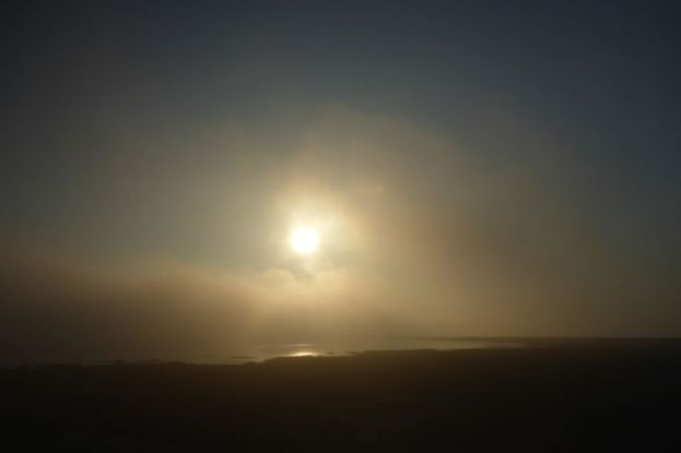 Nebel vor der Sonne (Foto: Tore J. Mayland-Quellhorst).