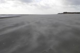Sandsturm am Strand (Foto: Tore J. Mayland-Quellhorst).