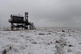 Die Hütte im Schnee (Foto: Jonas Kotlarz)