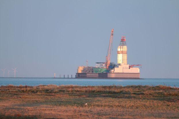Öl-Bohrinsel Mittelplate südlich von Trischen (Foto: Jonas Kotlarz)