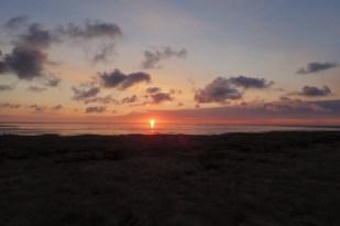 Sonnenaufgang über der SüdOst-Bucht (Foto: Jonas Kotlarz)