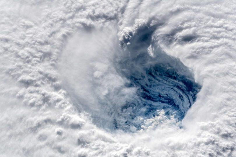 Dm5cb4fW0AAQFqQ 1024x683 - Veja onde está exatamente o furacão Florence e/ou Outros
