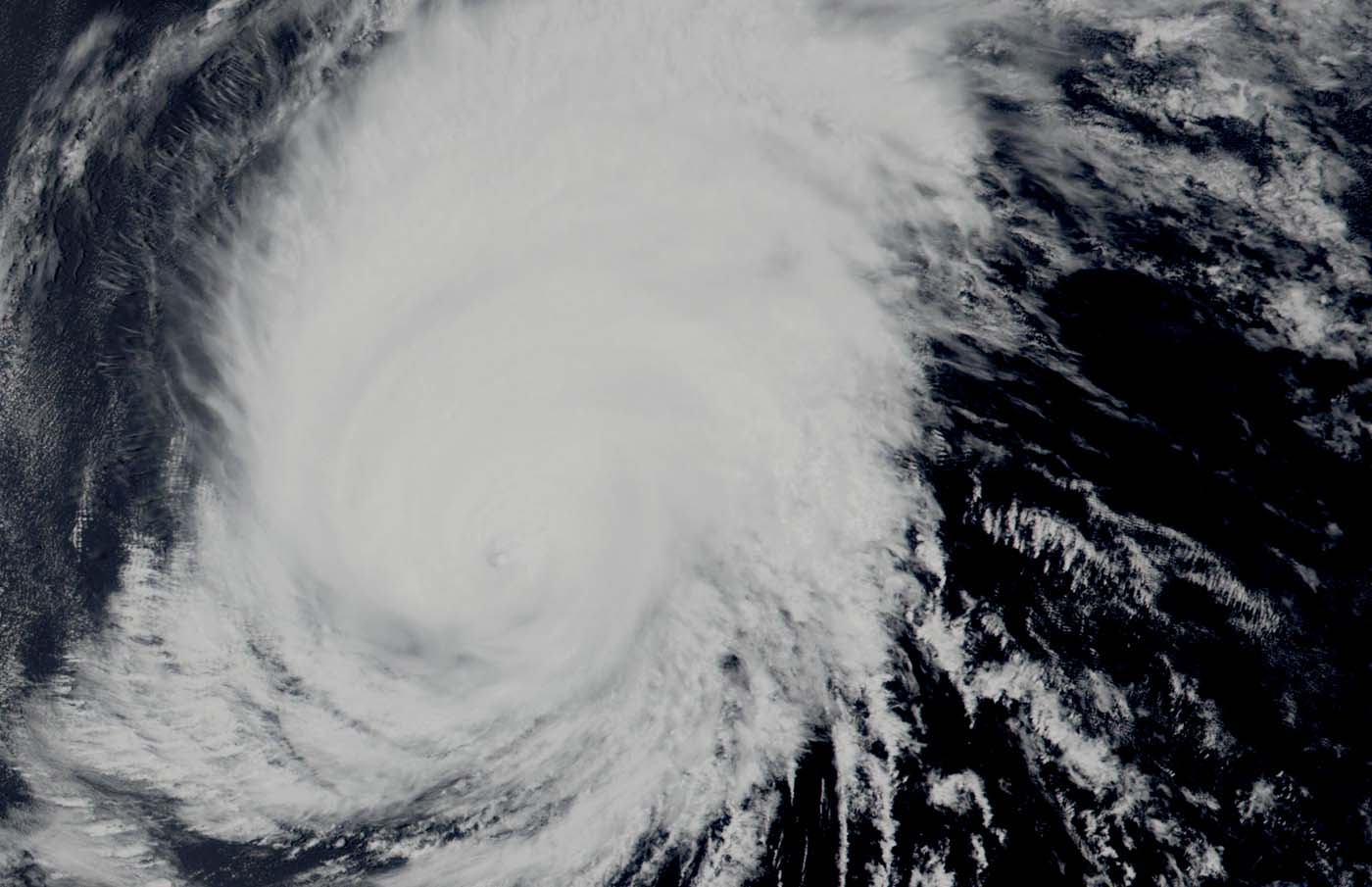 hight resolution of hurricane barbara continued to show an eye in visible imagery on july 4 2019 nasa noaa s suomi npp satellite passed over the eastern pacific ocean and the