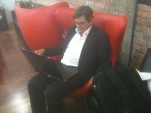 Michael Scheidl (Regisseur von TILT und FALL OF THE SKY) liest den Bad Blog of Musick frisch aus dem Netz