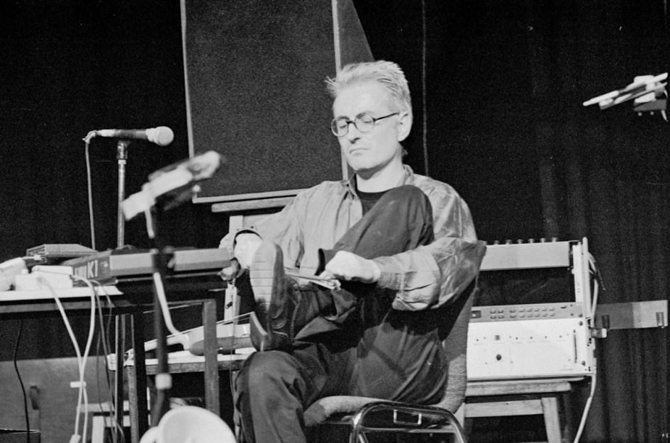 John Rose mit Schnürsenkel-Jazz. Foto: Hufner (1992)